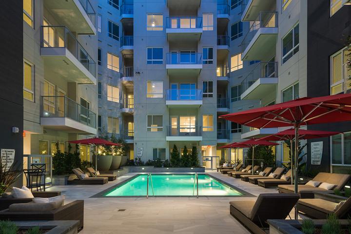 LA Apartment 02