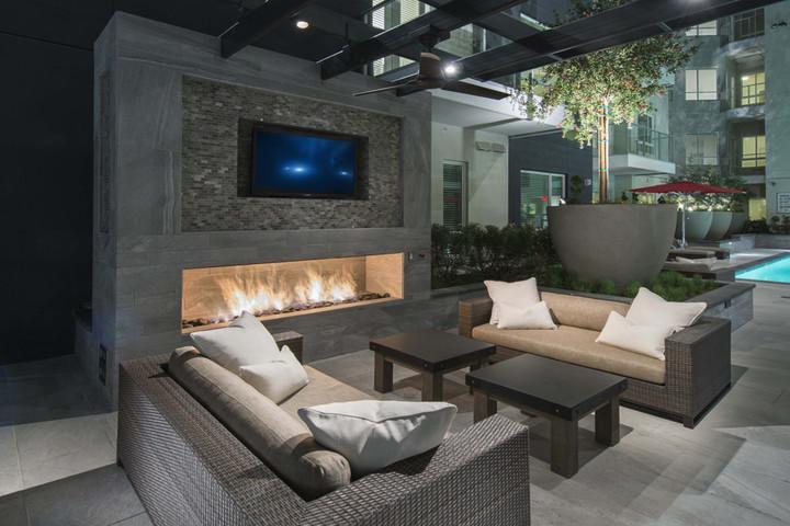 LA Apartment 03